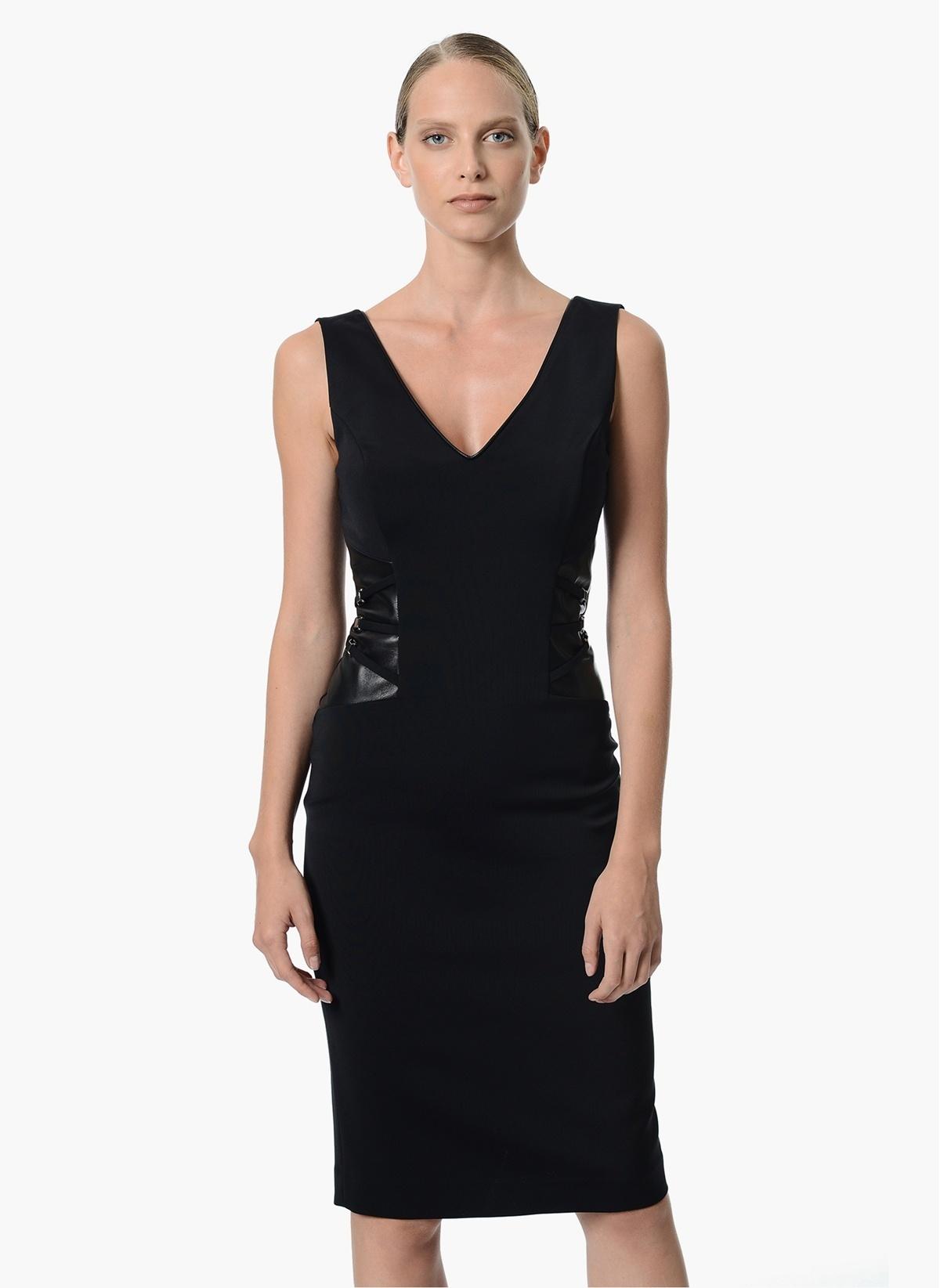 8f4a53264178e NetWork Kadın Kolsuz V Yaka Diz Boyu Elbise Siyah | Morhipo | 19631052